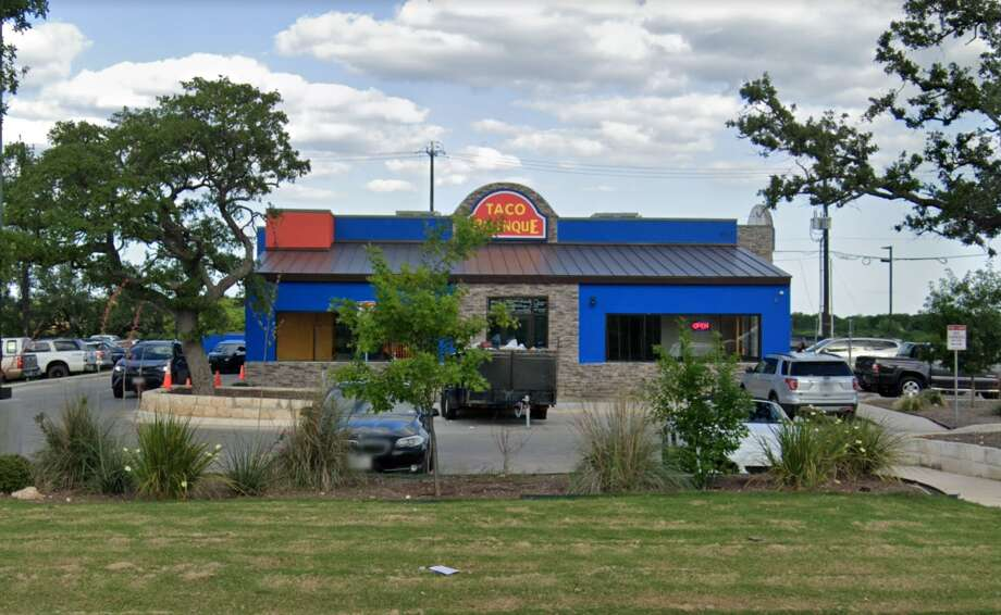"""Taco Palenque: 6614 Loop 1604 North  Date: 10/03/2019 Score: 87  Highlights: Inspectors observed """"black buildup"""" behind and underneath the ice machine that needed cleaning. There was pooled water in the reach-in cooler. The salt bulk container was labeled fajita seasoning. Photo: Google Maps"""