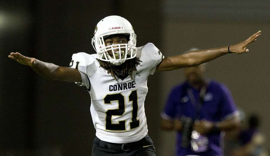 Conroe cornerback Jaden Williams (21) reacts after breaking up a pass intended for Klein Cain wide receiver Mathew Golden (2) during the fourth quarter of a District 15-6A high school football game at Klein Memorial Stadium, Saturday, Sept. 28, 2019, in Spring. Photo: Jason Fochtman, Staff Photographer