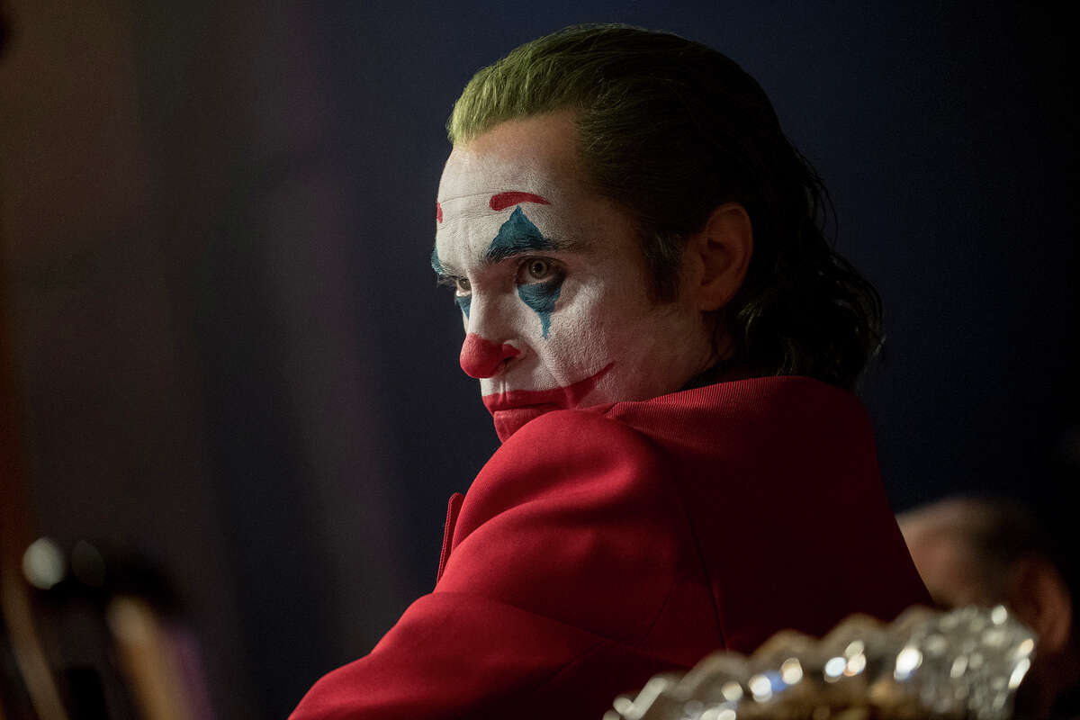 Joaquin Phoenix as Arthur Fleck in