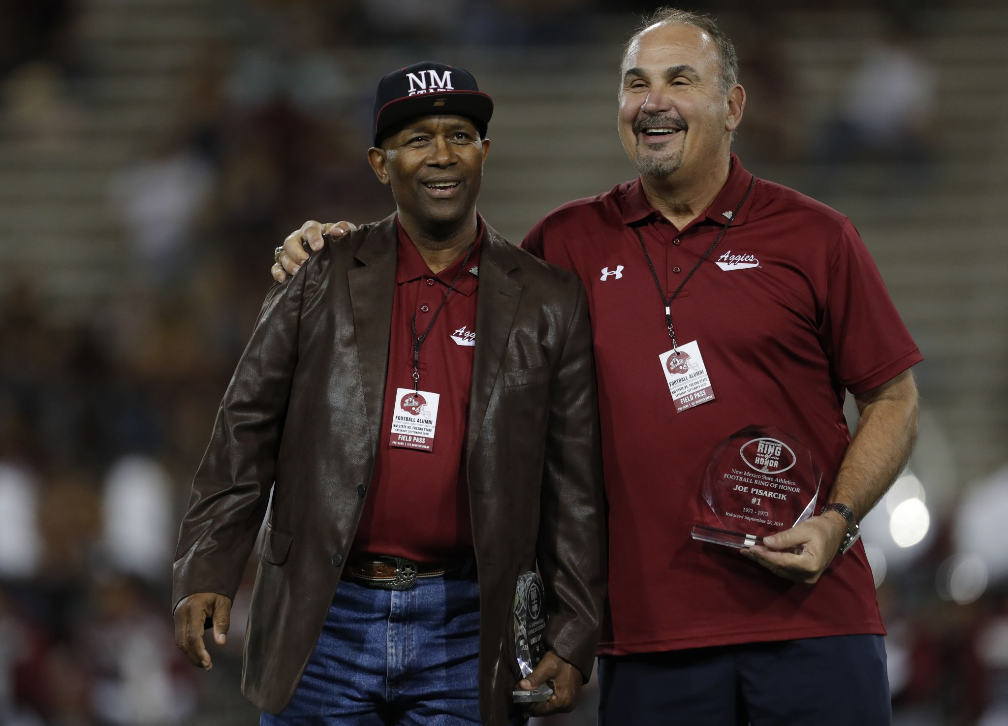 Duriel Harris inducted into Ring of Honor