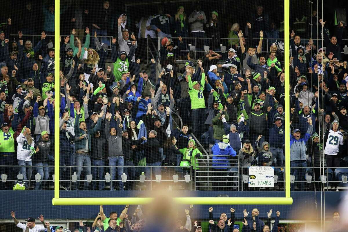 Seahawks fans cheer as the Rams miss a final field goal attempt in the fourth quarter of Seattle's game against the LA Rams, Thursday, Oct. 3, 2019.