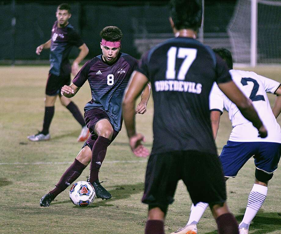Midfielder David Martinez controls the ball for the TAMIU Dustdevils as they played St. Edward's University Thursday, October 3, 2019 at the TAMIU Soccer Field. Photo: Cuate Santos / Laredo Morning Times / Laredo Morning Times