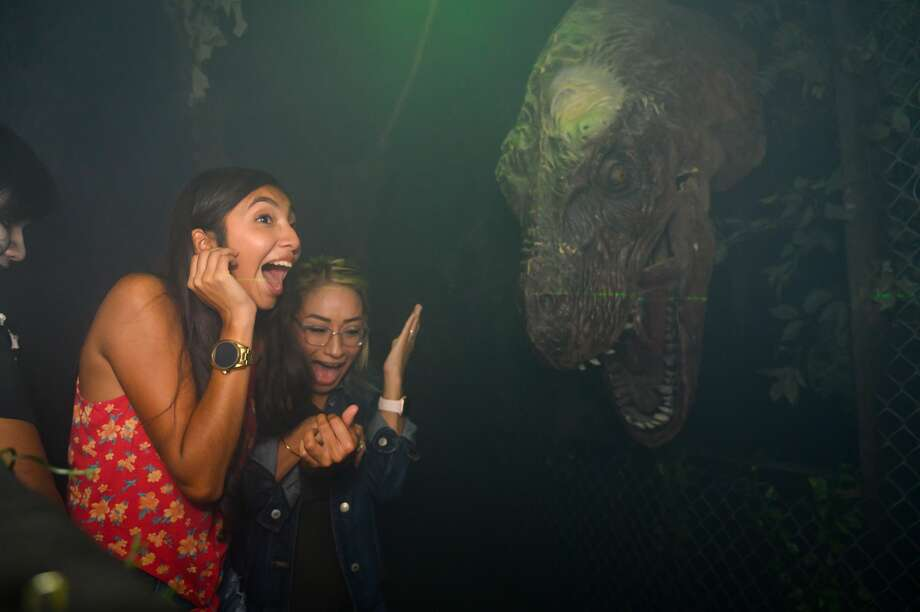 San Antonio thrill seekers opted for a frightful Thursday night at 13th Floor Haunted House on Oct. 3, 3019. Photo: Kody Melton, For MySA.com