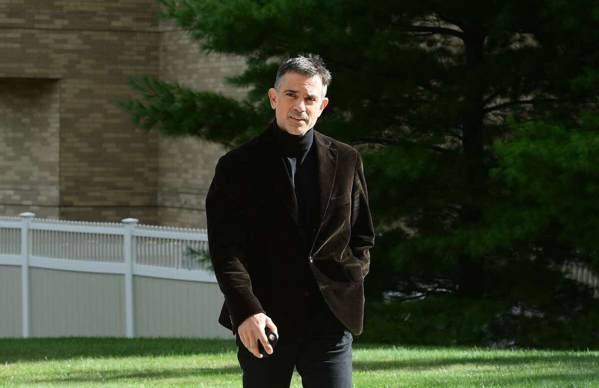Fotis Dulos arrives Friday at the Stamford courthouse.