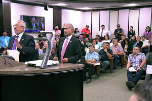 City of Laredo Health Department Director Dr.Hector F. Gonzalez and  Utilities Director Riazul I. Mia spoke at a special meeting at city council chambers, Wednesday, October 2, 2019, detailing the Boil Water notice that happened throughout the city this weekend and continues in areas south and east of the city.