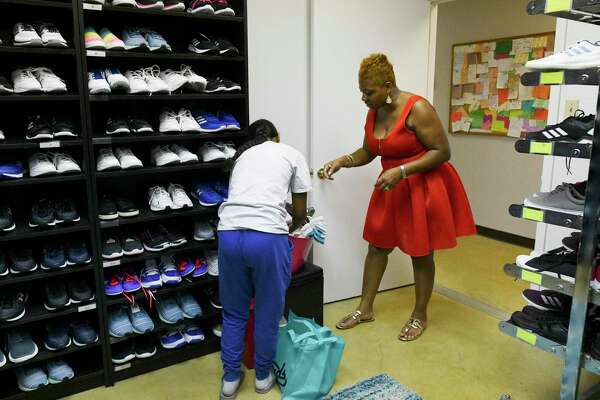San Antonio woman offers homeless youth new clothes and self esteem