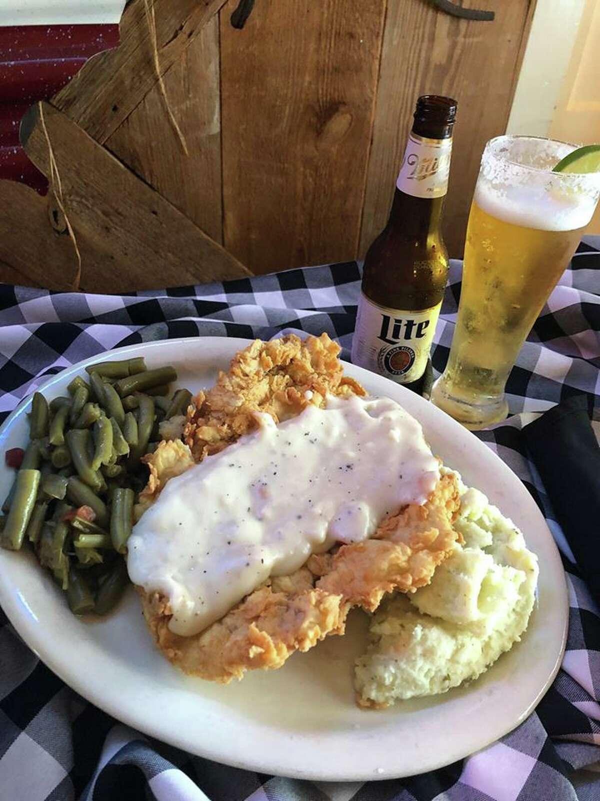 Old River City Cafe 2771 FM 725 New Braunfels, Texas 78130 (830) 620-1900 Closed Mondays