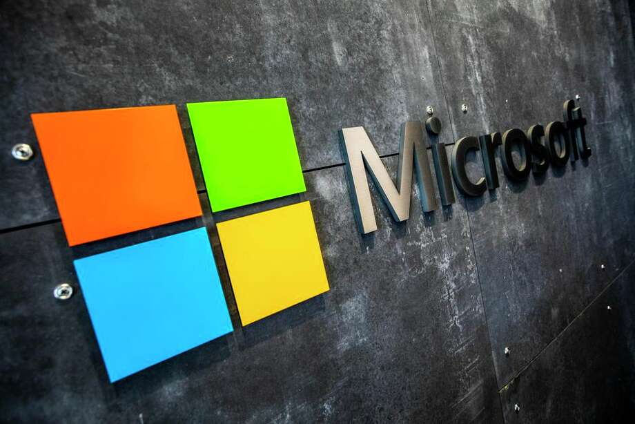 Microsoft says four accounts were successfully hacked. Photo: James Martin/CNET