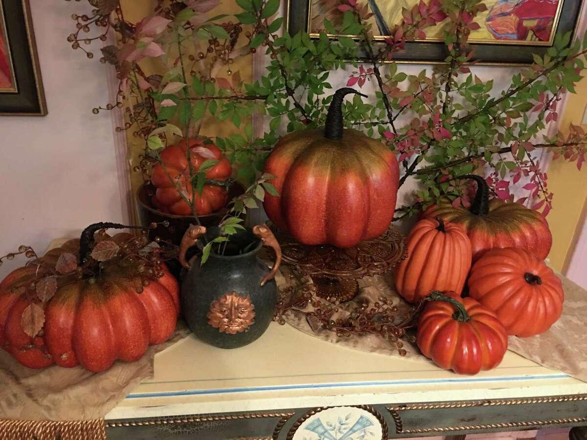 Fall decor inside interior designer Roger K. Reid's home. (Photo provided)