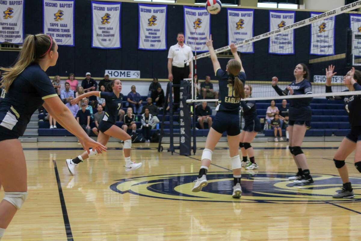 The Second Baptist Eagles swept the Cypress Christian Warriors 26-24, 25-20, 25-23 on Oct. 3 at Second Baptist.