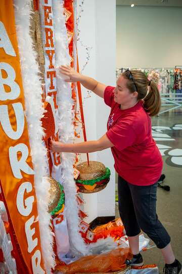 Whataburger Just Unveiled The World S Biggest Mum And It S