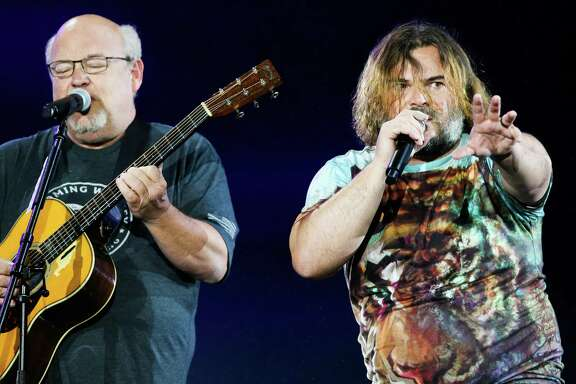 RIO DE JANEIRO, BRAZIL - SEPTEMBER 28: (L-R) Kyle Gass and Jack Black perform on stage during the Tenacious D concert during the Rock in Rio 2019 at Cidade do Rock on September 28, 2019 in Rio de Janeiro, Brazil. (Photo by Alexandre Schneider/Getty Images)
