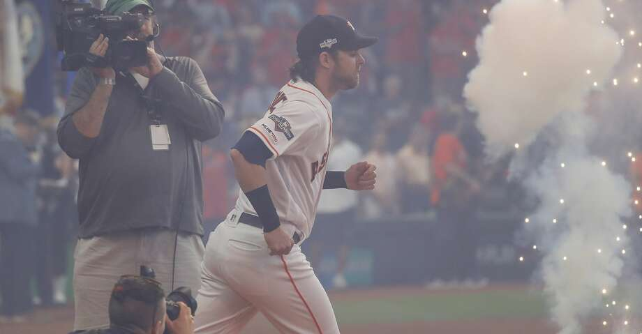 Houston Astros right fielder Josh Reddick (22) takes the field before the start of Game 1 of the American League Division Series at Minute Maid Park on Friday, Oct. 4, 2019, in Houston. Photo: Karen Warren/Staff Photographer