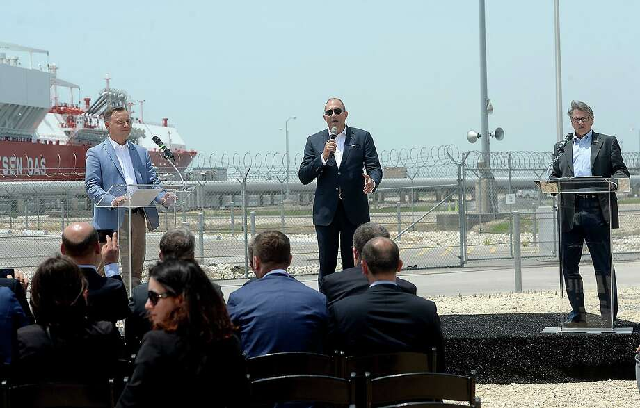 Cheniere executive Anatol Feygin makes introductions as Polish President Andrzej Duda and U. S. Secretary of Energy Rick Perry join for a press conference at Cheniere's Sabine Pass LNG facility, in Cameron Parish Friday. Photo taken Friday, June 14, 2019 Kim Brent/The Enterprise Photo: Kim Brent / The Enterprise / BEN