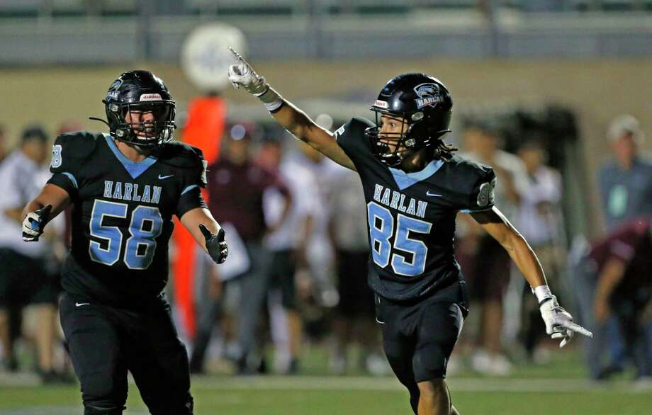 Harlan wide receiver Kamali Anderson celebrates after touchdown reception in closing seconds of first half on a hail mary in a District 14-5A-I between Harlandale and Harlan on Friday, October 4, 2019 at Farris Stadium. Photo: Ronald Cortes/Contributor / 2019 Ronald Cortes