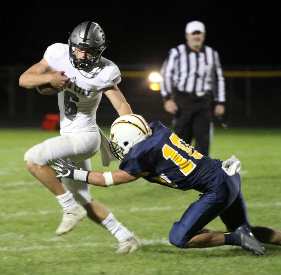 Cass City triumphed over Bad Axe on the Hatchets' homecoming night by a score of 45-6 on Friday, Oct. 4. Photo: Eric Rutter / Huron Daily Tribune