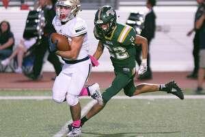 Alexander running back Camilo Pedraza has 721 rushing yards and 15 touchdowns this season.