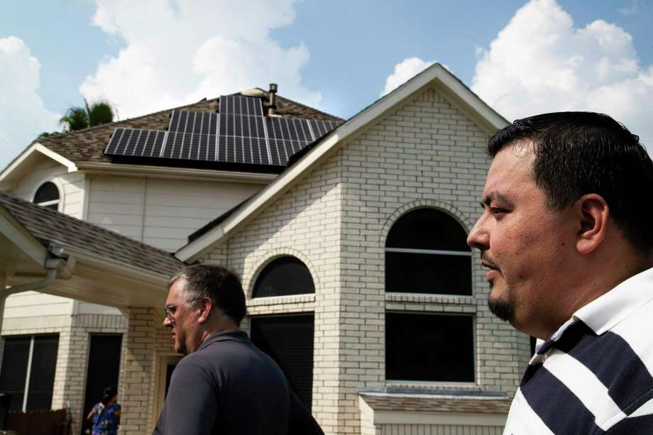 Sunnova, the residential solar system seller based in Houston, called on Congress to include the solar industry as lawmakers devise a plan to help the energy industry during the spread of the coronavirus pandemic. Photo: Marie D. De Jesús, Houston Chronicle / Staff Photographer / © 2019 Houston Chronicle