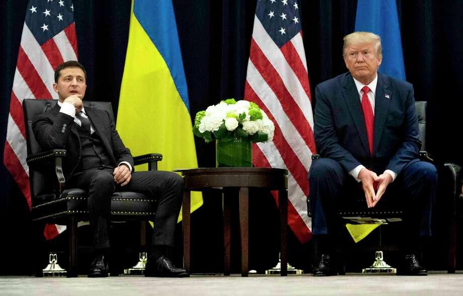 ARCHIVO — El Presidente Volodymyr Zelenskiy de Ucrania habla durante una reunión con el Presidente Donald Trump en el InterContinental New York Barclay en New York, el 25 de septiembre de 2019. Photo: Doug Mills /The New York Times / NYTNS