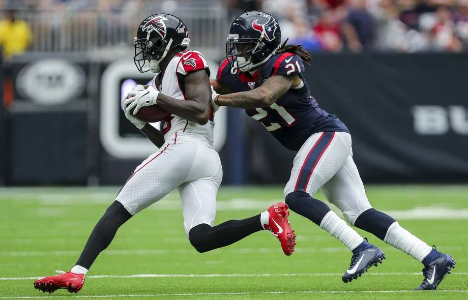 Texans cornerback Bradley Roby has missed four consecutive games with a hamstring injury. Photo: Godofredo A Vásquez/Houston Chronicle