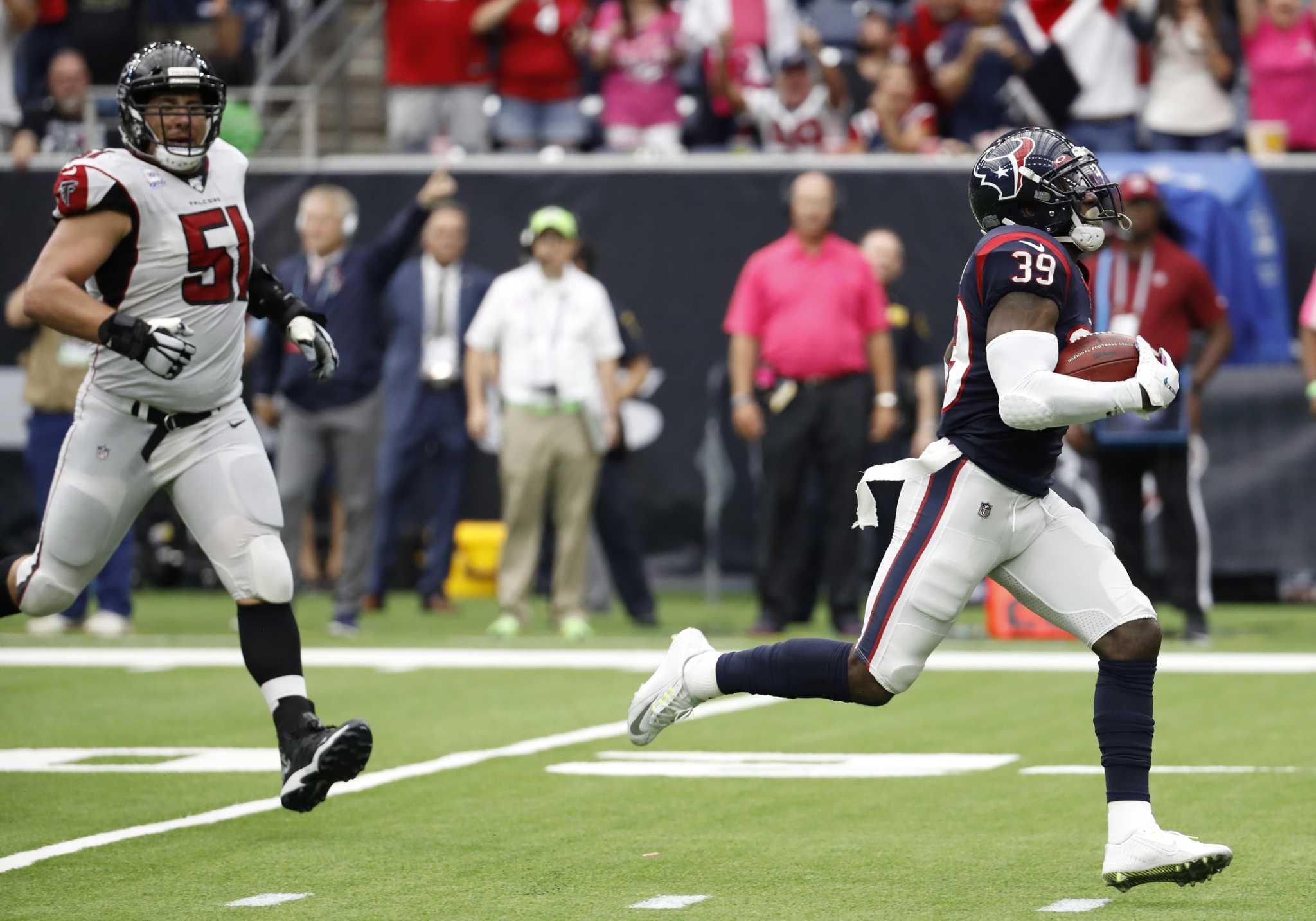 Texans' Tashaun Gipson slam-dunks interception opportunities