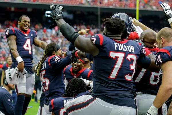 Texans players celebrate wide receiver Will Fuller's TD in the fourth quarter but coach Bill O'Brien won't let the team enjoy it for too long.