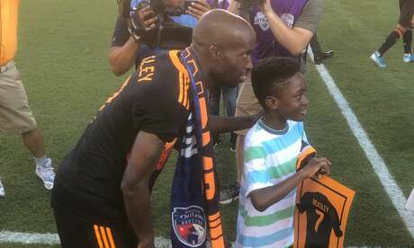 DaMarcus Beasley says goodbye to fans after his final game with Dynamo before retirement.