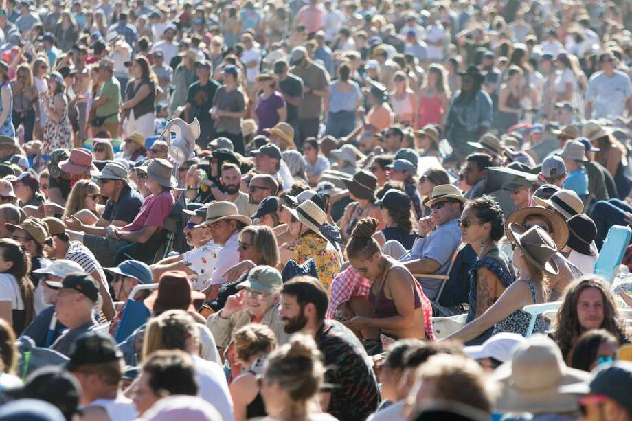 Crowds watch performers at the Banjo stage at the Hardly Strictly Bluegrass Festival in Golden Gate Park on October 6, 2019. Photo: Douglas Zimmerman/SFGate.com