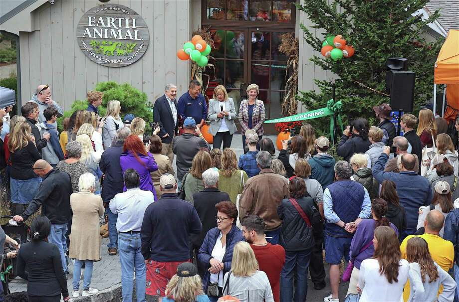 A large crowd came out to see the ribbon-cutting ceremony at the re-opening of Earth Animal on Sunday, Oct. 6, 2019, in Westport, Conn. Photo: Jarret Liotta / Jarret Liotta / ©Jarret Liotta