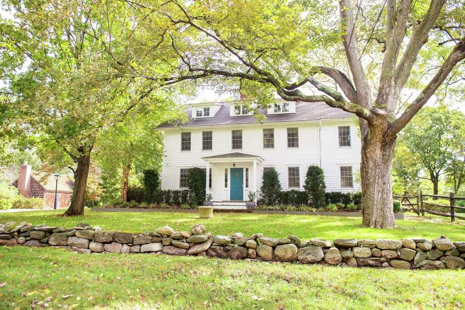 This Oenoke Ridge, New Canaan home, which was featured on the 2019 New Canaan CARES Kitchen & Home Tour and was awarded the 2019 President's Award from the New Canaan Preservation Alliance, was built during the mid 1770s, and underwent an addition during the 1800s, as well as several renovations in the ensuing years. Photo: Bryan Haeffele / / Connecticut Post