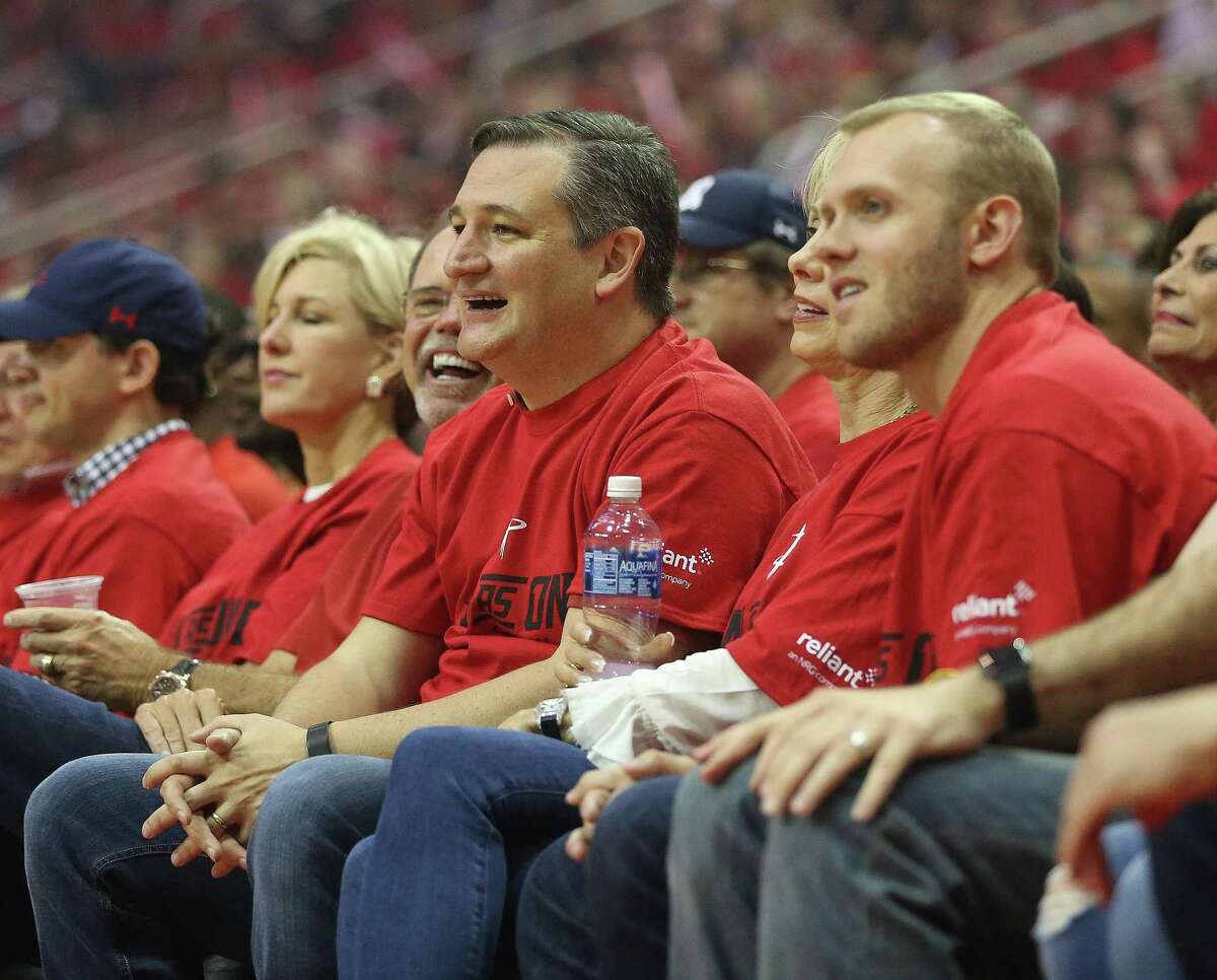 Senator Ted Cruz on the sidelines during the first half of Game 1 of an NBA basketball first-round, Western Conference playoffs at the Toyota Center, Sunday April 16, 2017, in Houston. ( Karen Warren / Houston Chronicle )