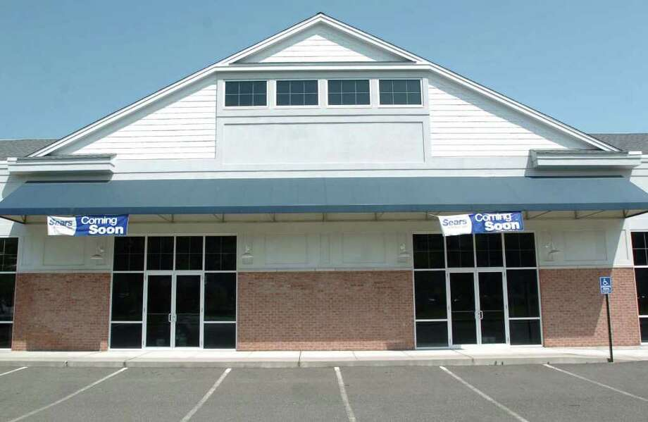 Sears Hometown Store soon to open at 507 Danbury Plaza in New Milford, is shown here August 6, 2010. Photo: Chris Ware / The News-Times
