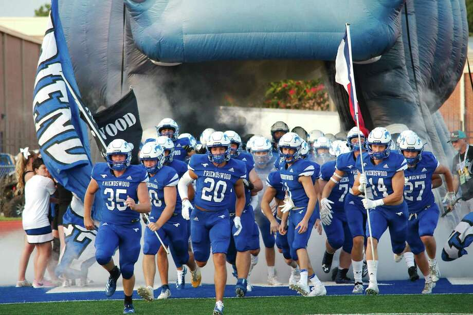 Friendswood plays Richmond Foster in a key District 10-5A battle Friday in Rosenberg. Photo: Kirk Sides / Staff Photographer / © 2019 Kirk Sides / Houston Chronicle