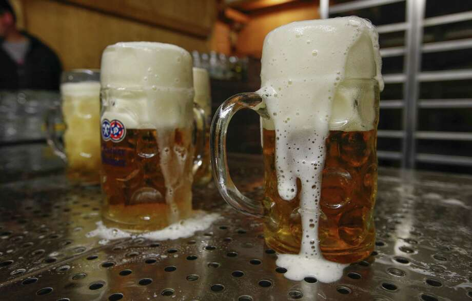 Climate change is threatening to end the flow of beer in the U.S. and around the world. Isn't that reason enough to finally begin climate action? Photo: Michaela Handrek-Rehle /Bloomberg / © 2019 Bloomberg Finance LP