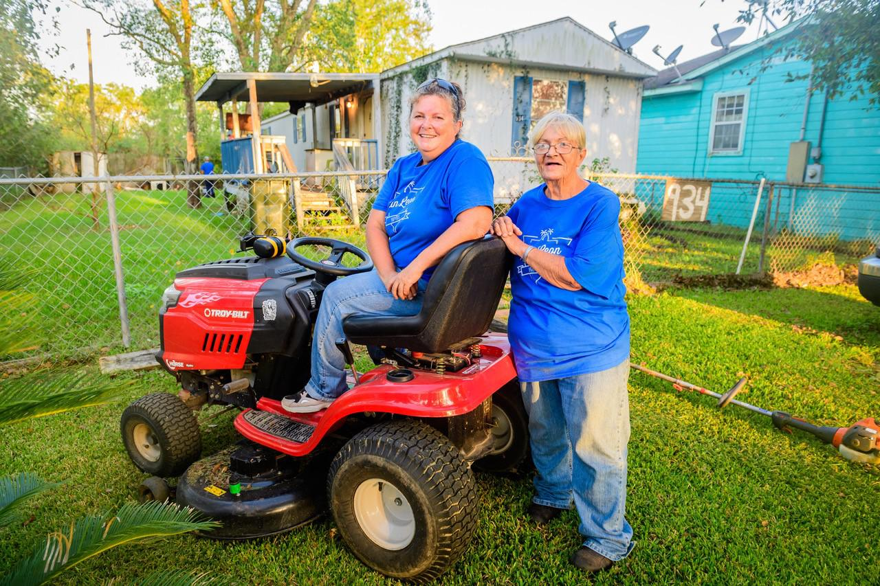Armed with mowers and goodwill, San Leon Yard Birds aid neighbors in need