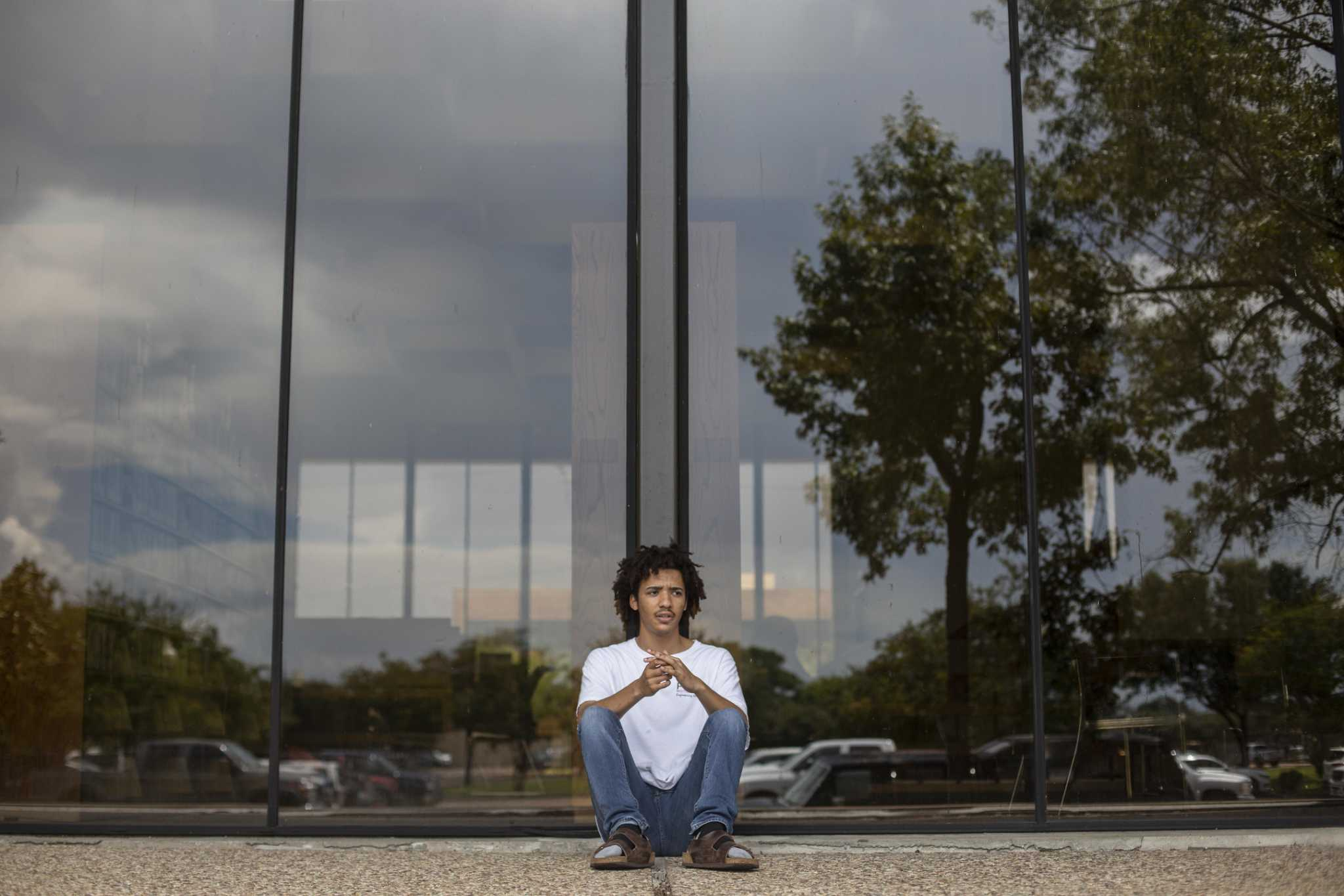 West Brook alum found strength in fight for mental-health rights at Stanford