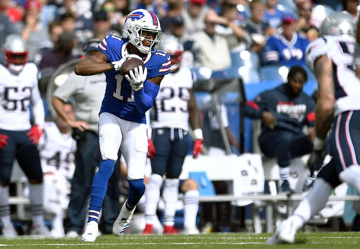 Buffalo Bills wide receiver Zay Jones catches a pass in the second half of an NFL football game against the New England Patriots, Sunday, Sept. 29, 2019, in Orchard Park, N.Y. (AP Photo/Adrian Kraus)