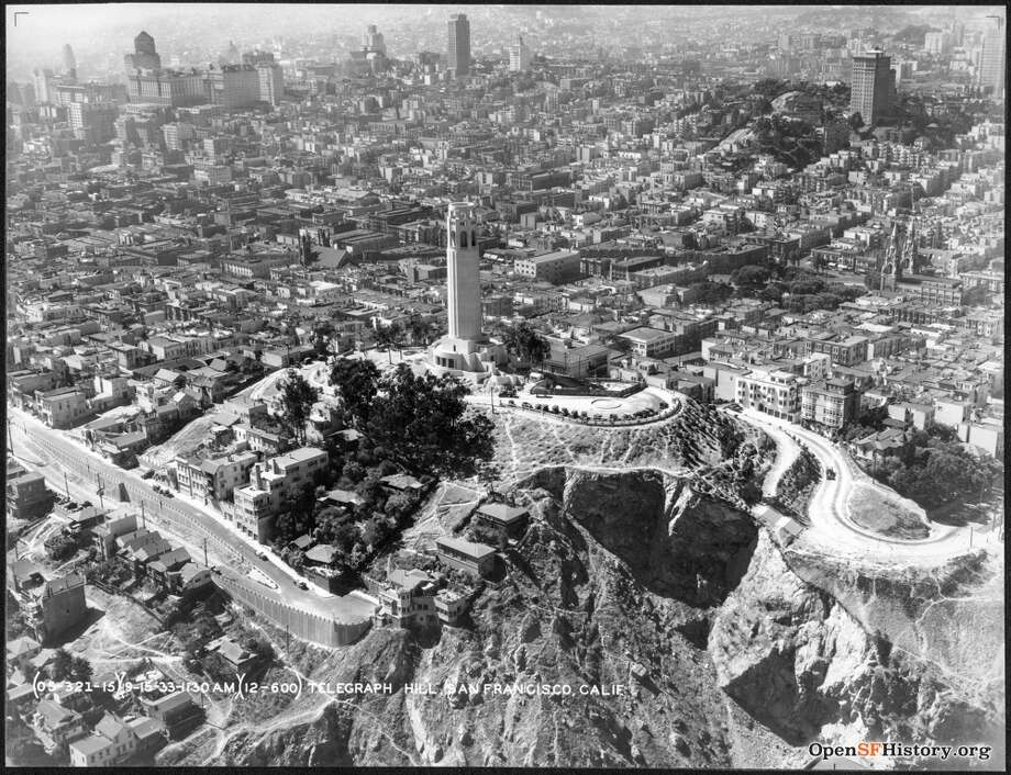 Coit Tower in an aerial photograph from Sept. 15, 1933. Photo: OpenSFHistory / Wnp27.4692.jpg