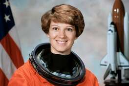 """Eileen M. Collins, the National Aeronautics and Space Administration's first female shuttle commander, has been named the grand marshal for the 2020 Battle of Flowers Parade. The theme for the caravan of flower-festooned floats she will preside over is """"¡Viva Las Flores!,"""" according to a news release from the Battle of Flowers Association."""