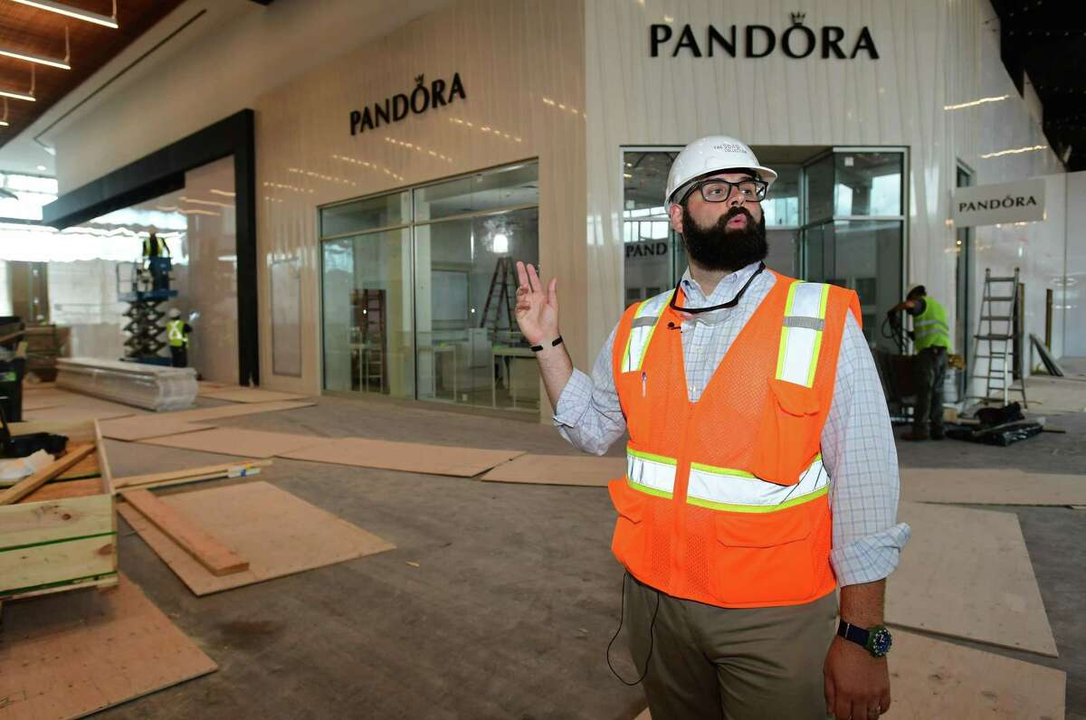 Pandora is opening a shop at the SoNo Collection in Norwalk.