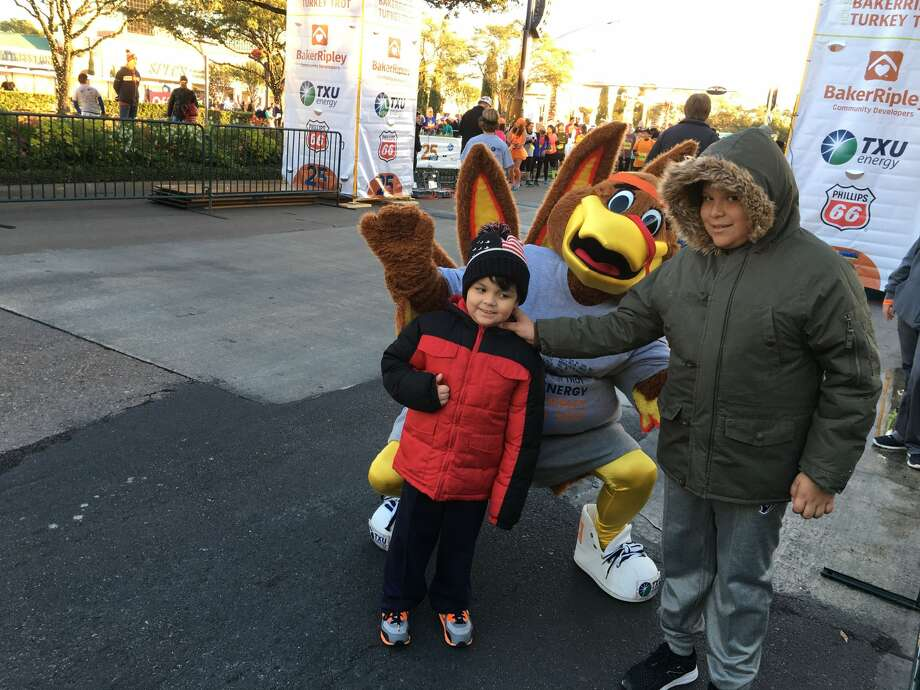 A large turkey mascot will be on hand to cheer on runners and walkers at the BakerRipley Houston Turkey Trot on Thanksgiving morning on Thursday, Nov. 28, in the Uptown Galleria area.   Photo: Courtesy By BakerRipley