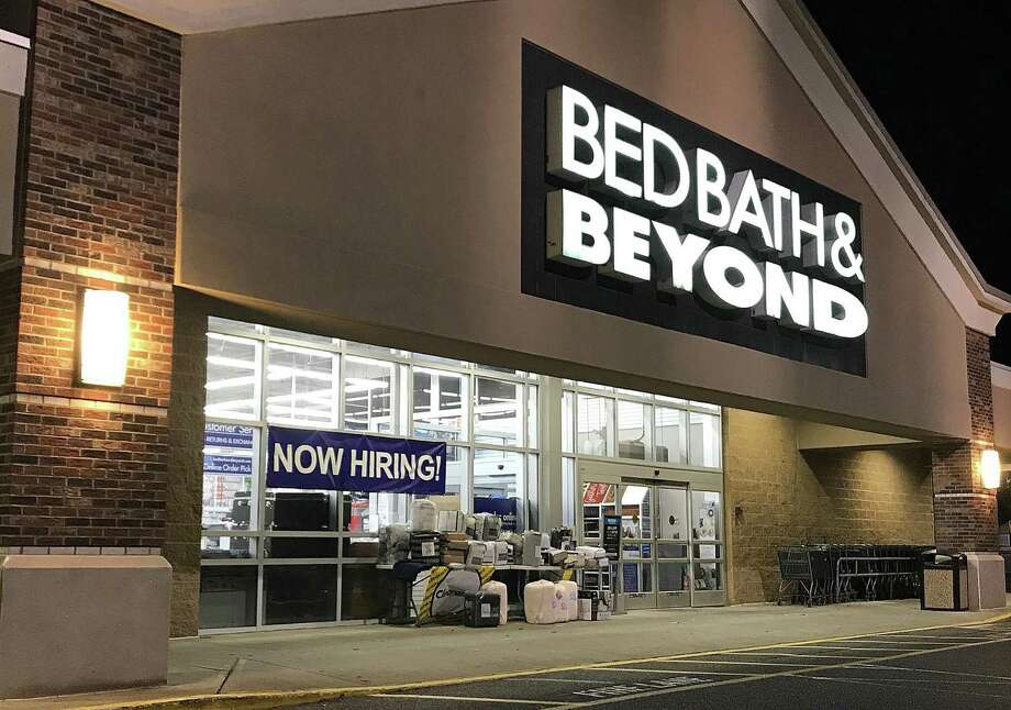 A 'Now Hiring' sign hangs in the window at Bed Bath & Beyond in Brookfield, Connecticut, on Tuesday, Oct. 16, 2018. Photo: Chris Bosak / Hearst Connecticut Media / The News-Times