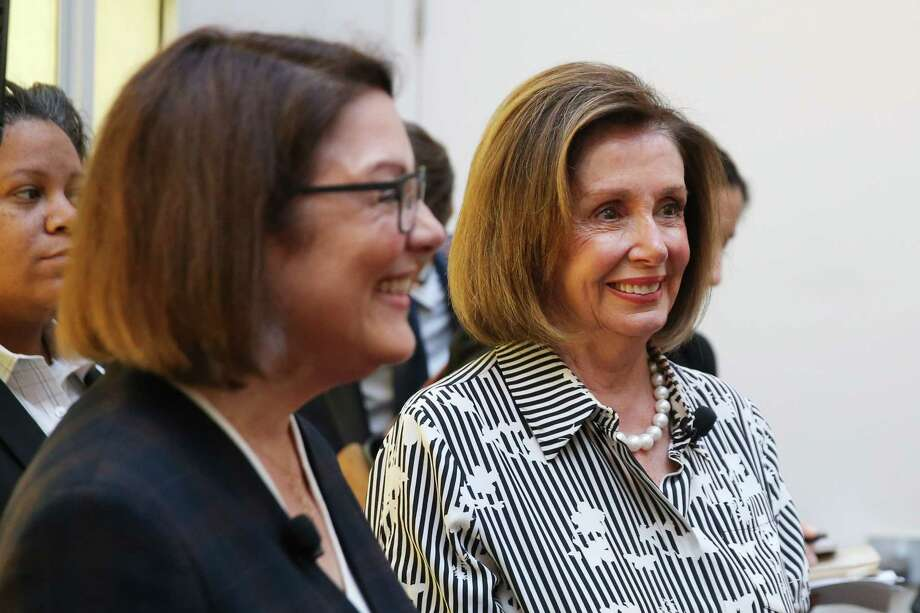 """House Speaker Nancy Pelosi and Congresswoman Suzan DelBene: DelBene hopes House resolution """"will prevent the United States from getting into another long-term conflict in the Middle East without a thorough debate in Congress."""" Photo: GENNA MARTIN, SEATTLEPI.COM / SEATTLEPI.COM"""
