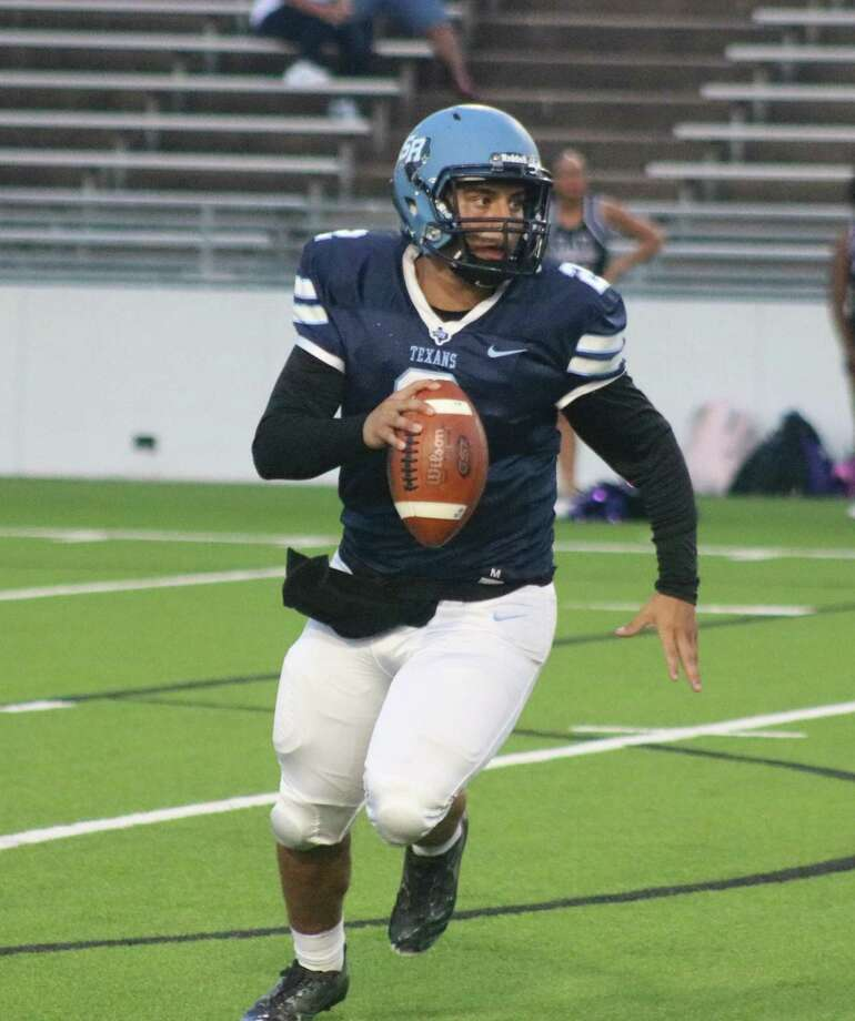 Sam Rayburn's Brayan Aguirre will try to become only the second Texans quarterback in the last 15 years to defeat South Houston when the 56th meeting arrives Thursday night. Photo: Robert Avery