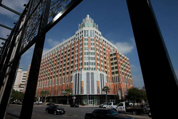 The 14-story Vistana building downtown has been sold.