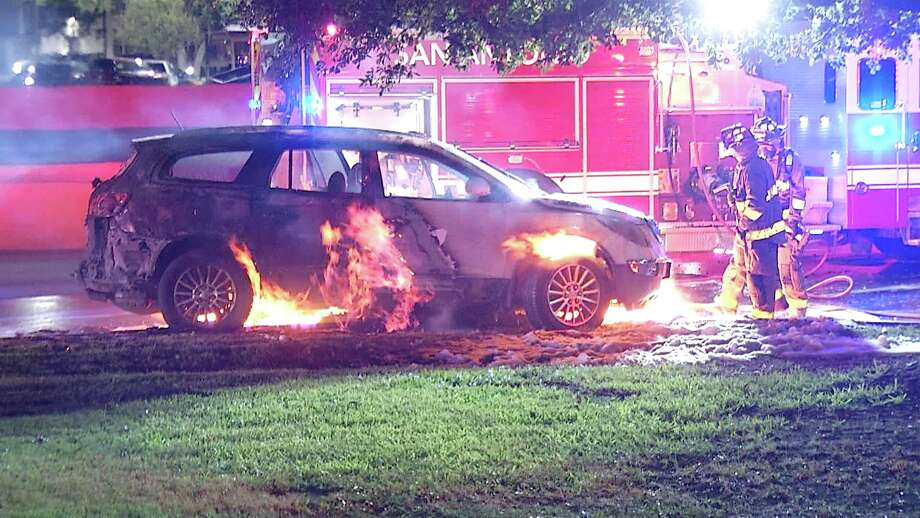 SAFD responded to a vehicle fire caused by a mattress on the road. Photo: Ken Branca