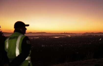 Bay Area's winds decrease, lowering fire risk into weekend