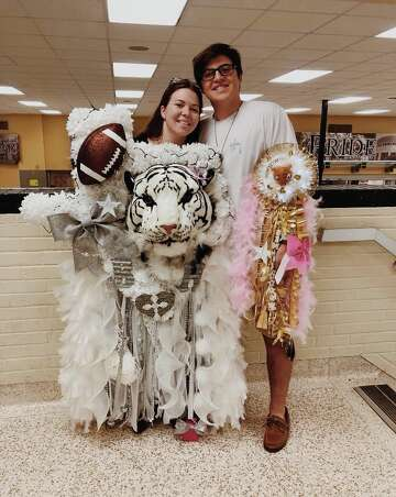 Houston Area Students Celebrate Texas Homecoming Tradition With