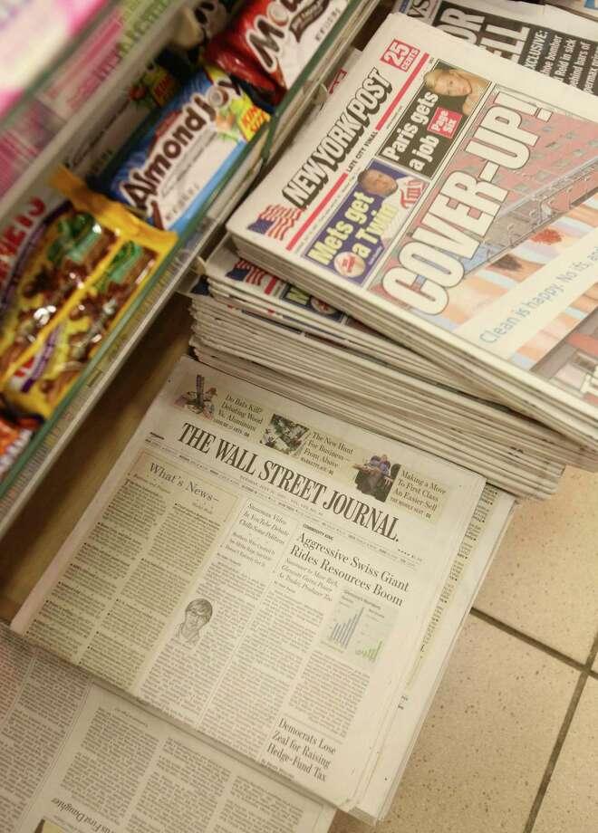 Newsstand Photo: Mark Lennihan / AP / AP