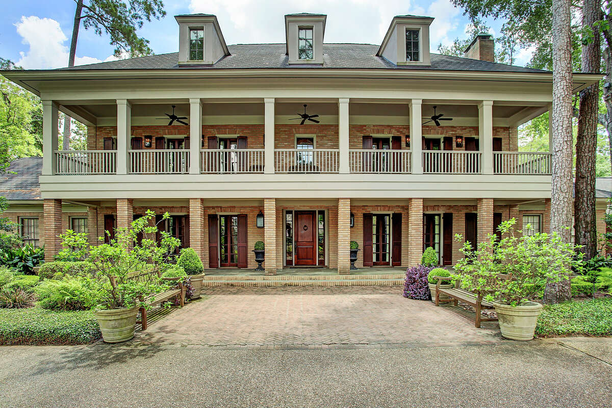 An elegant and lavish home with a storied history has recently hit the market in River Oaks at $8.4 million.